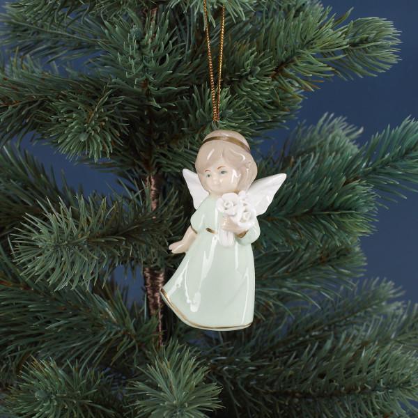 weihnachtlicher Engel zum Aufhängen