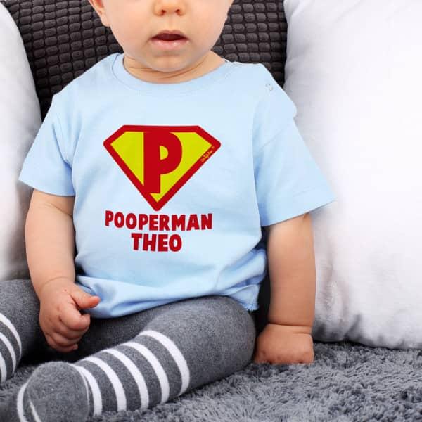Pooperman Tshirt für Babys mit Namensaufdruck