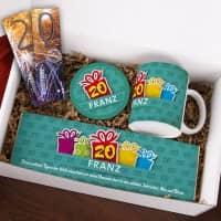 Gefüllte Geschenkbox zum 20. Geburtstag