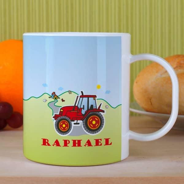 Kindertasse mit rotem Traktor und Wunschname