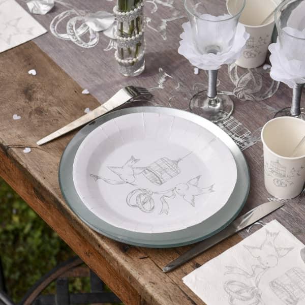 10 weiße Pappteller zur Hochzeit mit Taubenmotiv