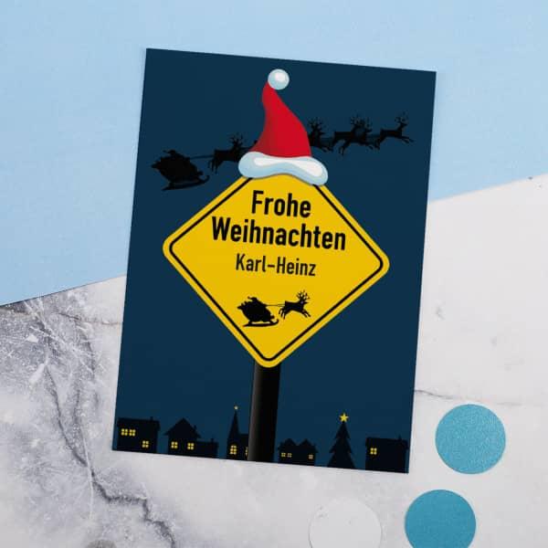 Weihnachtspostkarte mit Verkehrsschild und Name
