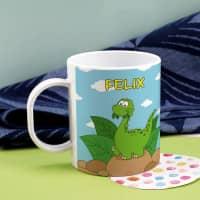 Kindertasse aus Kunststoff mit kleinem Dino und Ihrem Namen