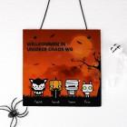 Halloween Schiefertafel mit gruseligen Figuren zum Auswählen