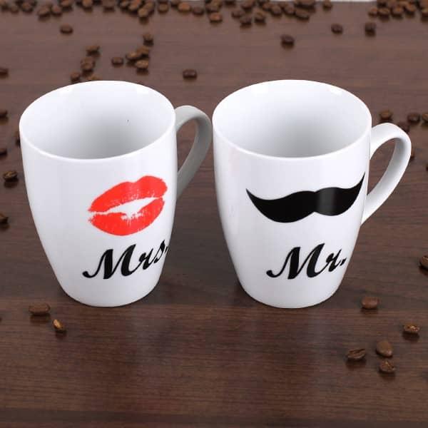 Tassen aus Porzellan im Mr. und Mrs. Design