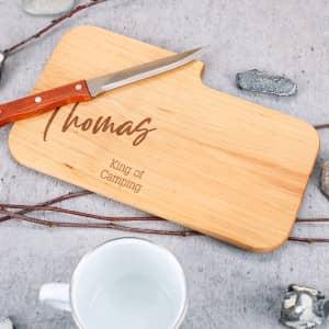 Messerbrett aus Holz mit Gravur