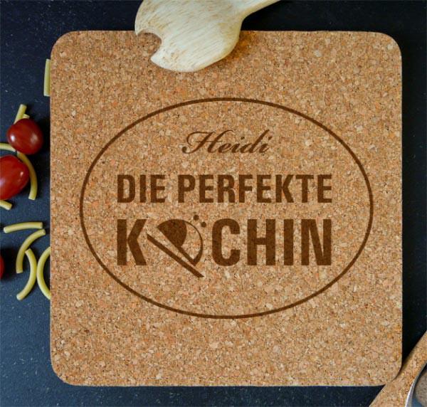 Korkuntersetzer Die perfekte Köchin mit Namensaufdruck