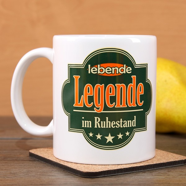 Tasse lebende Legende im Ruhestand