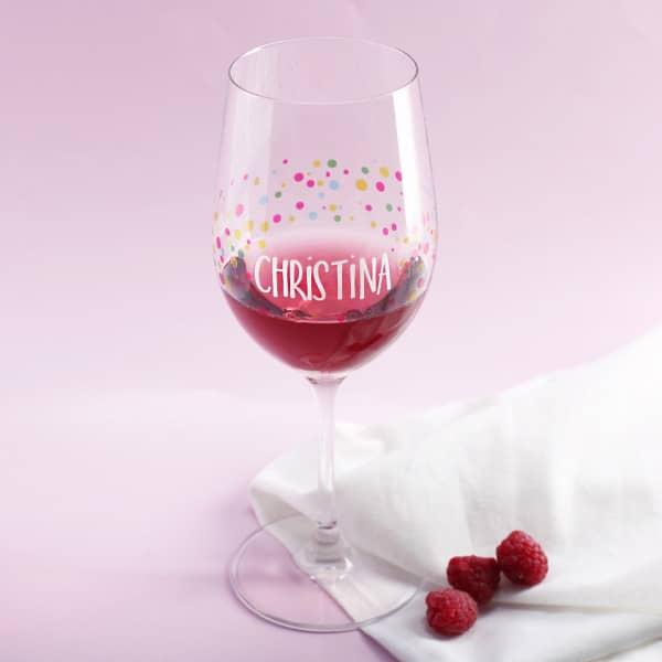Weinglas zum Geburtstag mit Ihrem Wunschnamen bedruckt