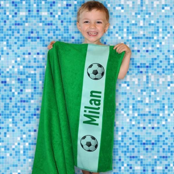 Individuellbadzubehör - Badetuch für Fußballer mit Wunschname - Onlineshop Geschenke online.de