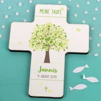 Kreuz zur Taufe mit grünem Lebensbaum bedruckt