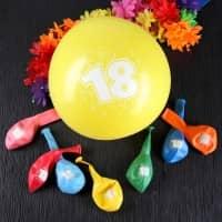 8 Luftballons zum 18. Geburtstag