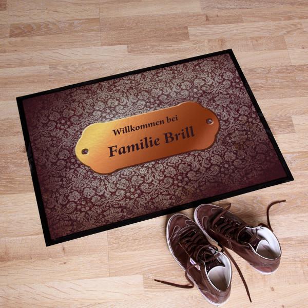 Persönliche Fußmatte in Türschild - Optik mit Namen