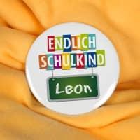 Endlich Schulkind - Button mit Wunschname, 56 mm
