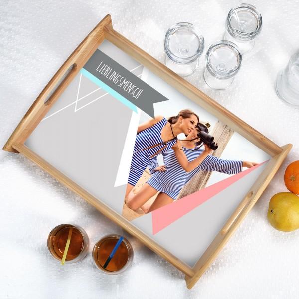 Personalisiertes Tablett mit Wimpeln