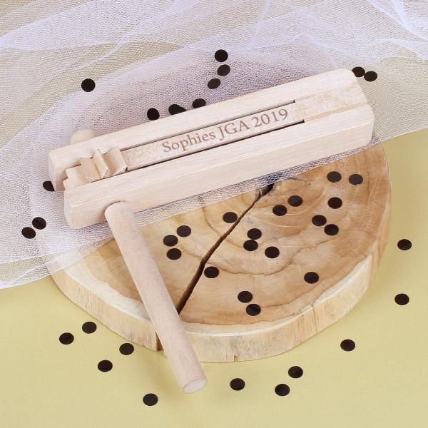 Holzratsche mit Wunschgravur