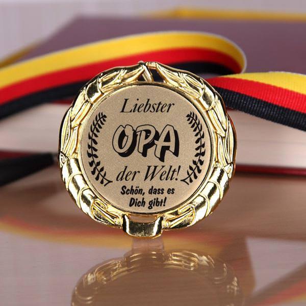 Medaille für den Opa