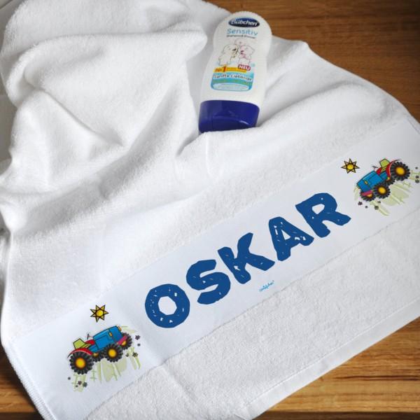 Kinder Handtuch mit niedlichem Traktor und Name