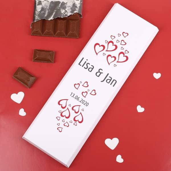 300g Schokolade mit Herzen, Wunschname und Datum