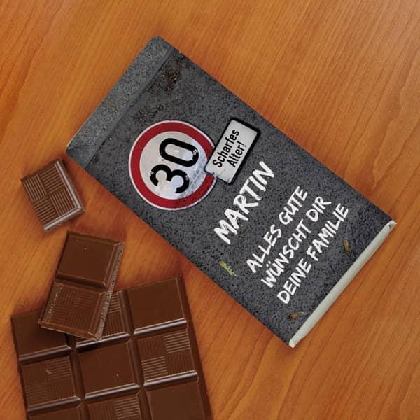 100g Schokolade mit Verkehrszeichen