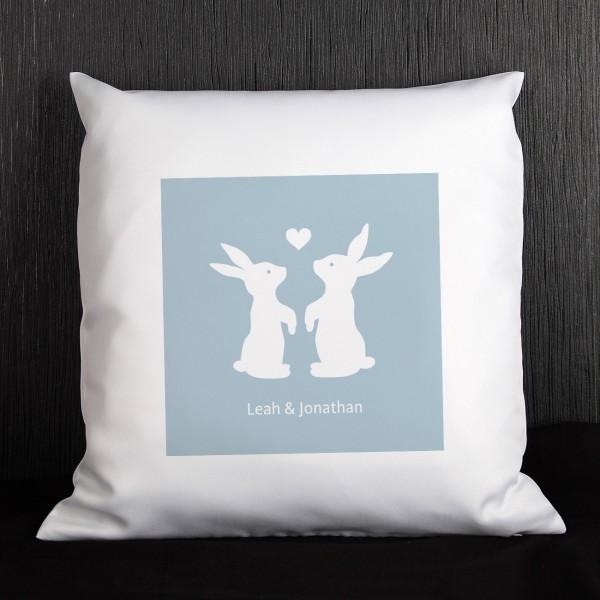 Oster Kissen mit verliebten Hasen und Ihrem individuellen Text