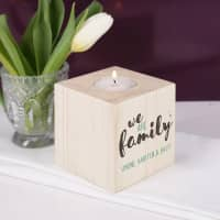 Teelichthalter aus Holz - We are family