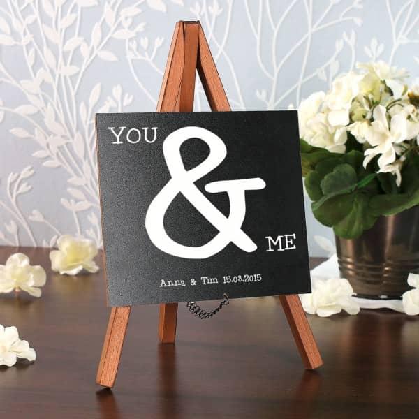 Mini Staffelei zur Hochzeit mit You & Me Motiv und Wunschtext