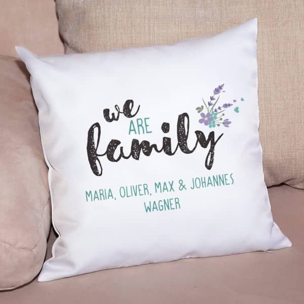 Kissen we are family mit Wunschtext