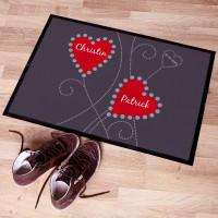 Persönlicher Fußabtreter mit Vornamen in Herzen