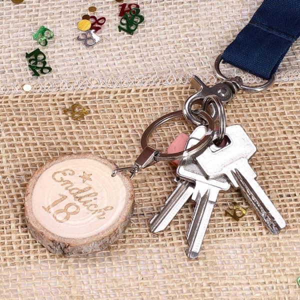 Schlüsselanhänger Holzscheibe - Endlich 18