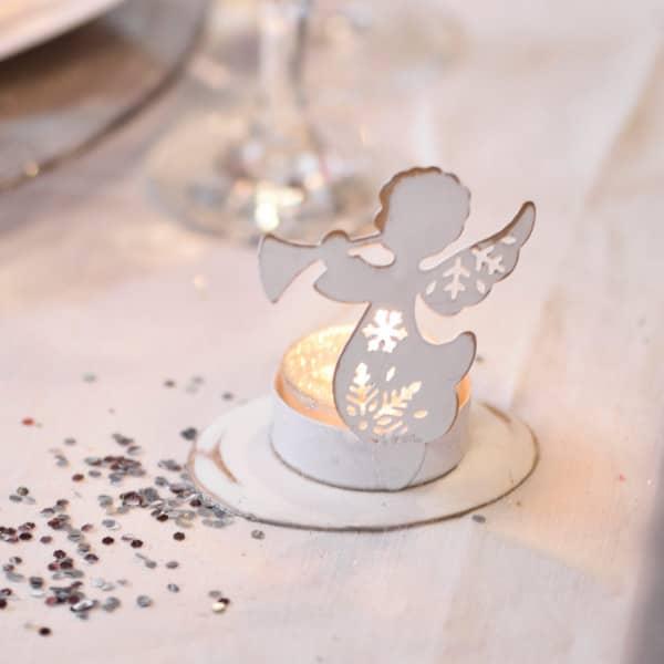 Weißer Teelichthalter Engel