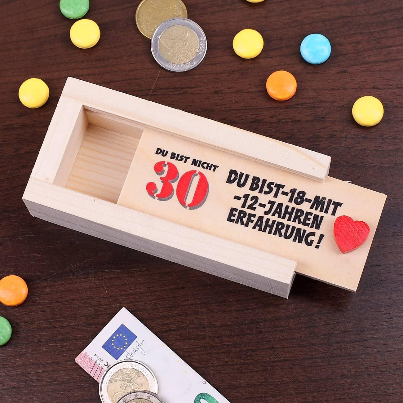 kiste als geldgeschenk zum 30 geburtstag geschenke. Black Bedroom Furniture Sets. Home Design Ideas