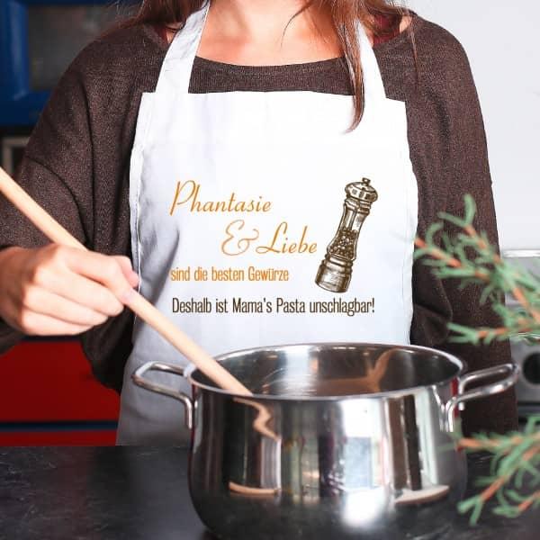 Kochschürze mit Wunschnamen - Phantasie und Liebe