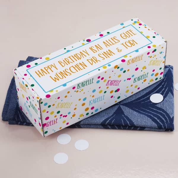 Geschenkbox mit Konfetti, Name und Wunschtext