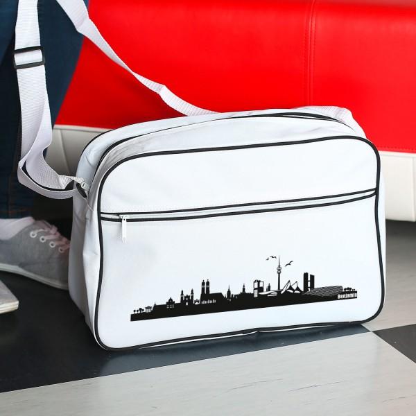 Große Umhängetasche mit der Skyline von München und Ihrem Namen bedruckt