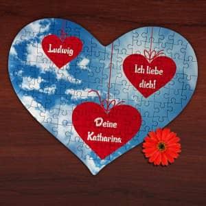 Großes Herz Puzzle mit Liebesbotschaft