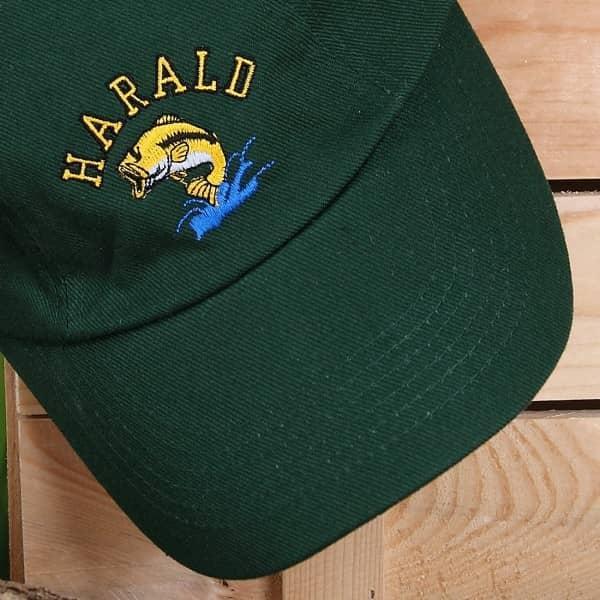 Basecap mit Wunschnamen für Angler