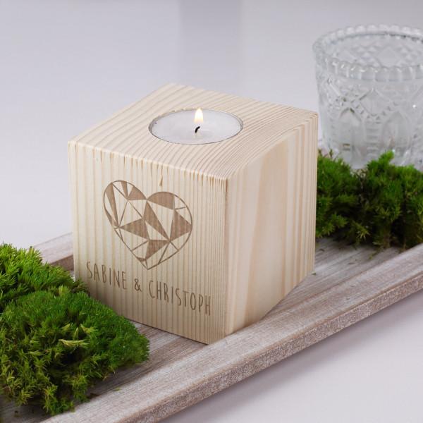 Teelichthalter mit Polygonherz und Wunschgravur