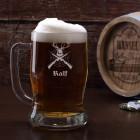 gravierter Bierkrug für Jäger mit Name und Jagdmotiv, 0,5 L