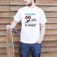 Humorvolles T-Shirt für den modernen Radfahrer mir E-Bike