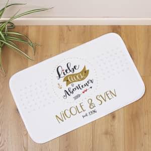 Badeteppich zur Hochzeit personalisiert