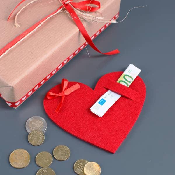Geldgeschenk Verpackung Filz-Herz