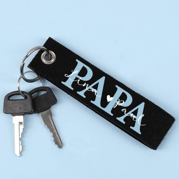 Schlüsselanhänger PAPA mit den Namen der Kinder
