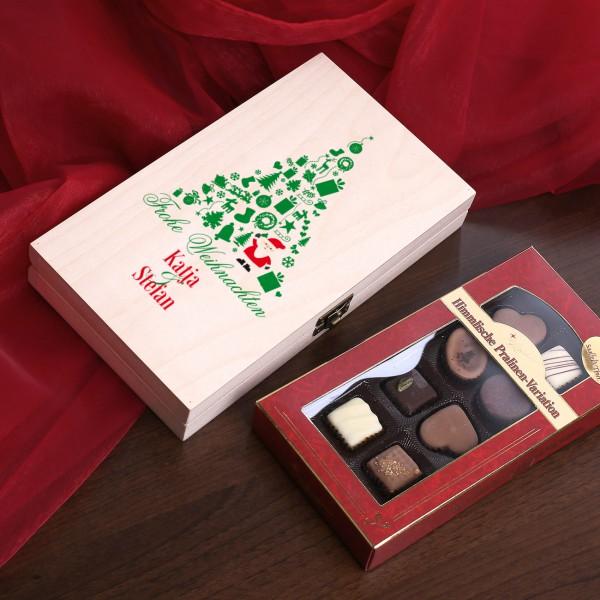 Weihnachtliche Holzbox mit Pralinen und Wunschnamen
