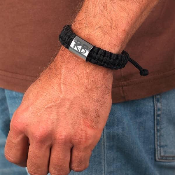 Graviertes Armband aus Paracord mit Gravur