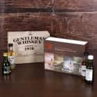 Whisky-Set mit 4 torfigen Single Malts in bedruckter Geschenkverpackung mit Wunschname