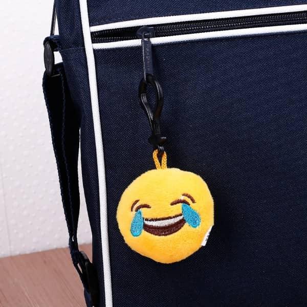 Vor Freude weinender Emoticon-Schlüsselanhänger
