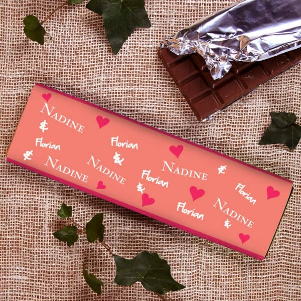 300g Schokolade für Paare mit Herzen und Namen