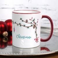 Festliche Weihnachtstasse mit Zweigen und Name