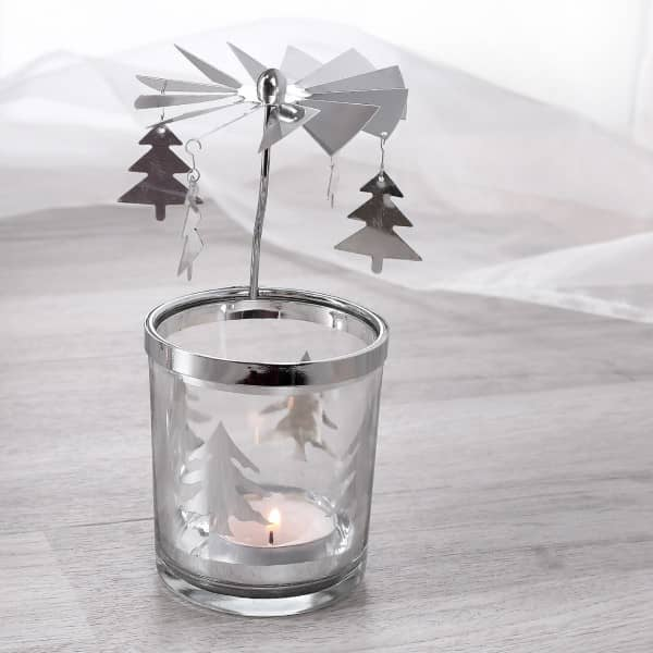 Rotierender Teelichthalter mit Tannenbäume